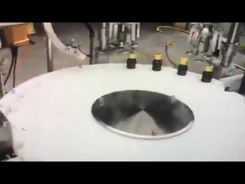 automatische Maschine zum Füllen von ätherischen Olivenölen mit Senf-Sonnenblumenpalmen-Kokosnusshanf