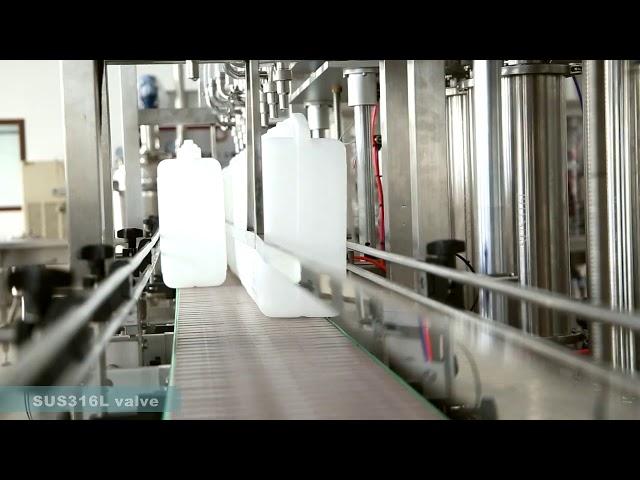 vollautomatische Etikettiermaschine zum Verschließen von Schmieröl